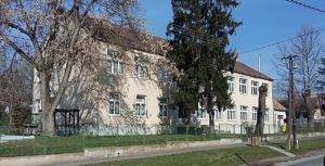 Iskola-Óvoda-és-könyvtár-épülete